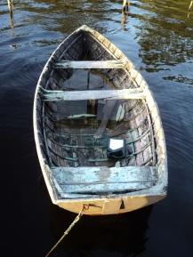Rowing boat, Tasmania - photo by Katie @ Second-Hand Hedgehog travel blog